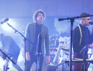 "for King & Country ""Run Wild"" (Official Live Room Session)"