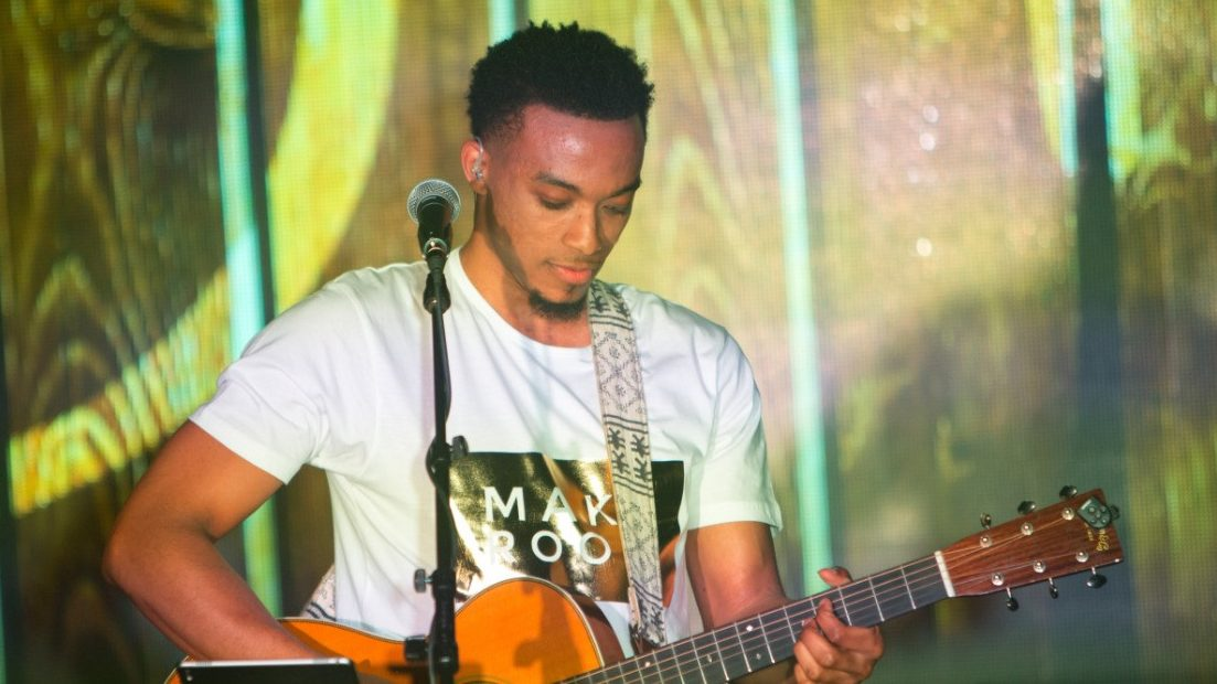Jonathan Mcreynolds Releases Anticipated Album Make Room